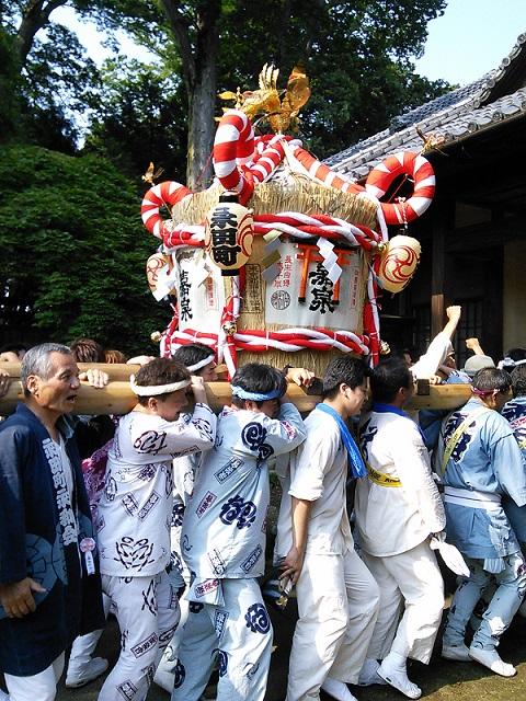 樽神輿~田村酒造に到着しました