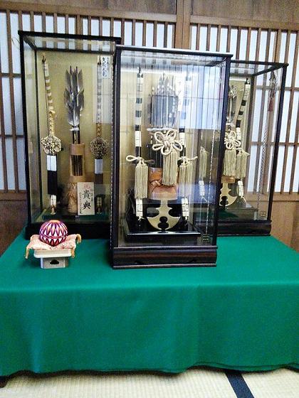 田村家の正月飾り~破魔矢