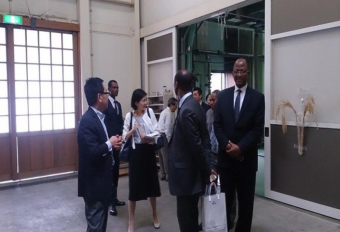 エチオピア国大臣御一行様蔵見学